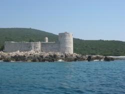 Крепость на входе в ущелье