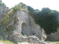 Развалины старого храма