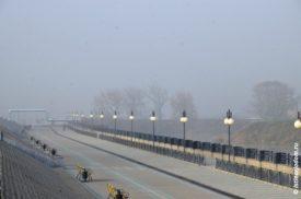 Набережная Везёлки в тумане