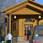 Вход в павильон источника Серафима Саровского